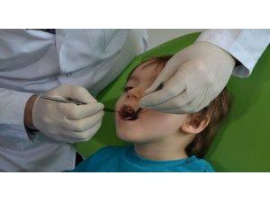 Çocuklarda diş çürüğüne dikkat