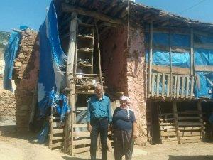 Aksu ailesi harabeye dönen evlerinin yapılmasını istiyor