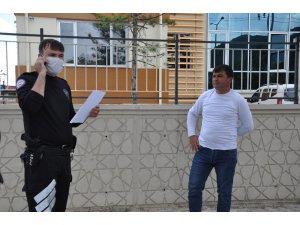 Afyonkarahisar'da polis sokakta 'Korona' denetimi yaptı