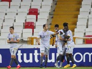 Süper Lig: Sivasspor: 0 - Yeni Malatyaspor: 1 (Maç sonucu)