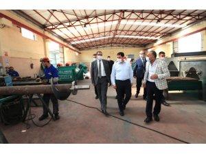 Vali Masatlı'dan Suluova'daki sanayi ve hayvancılık tesislerinde inceleme