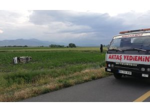 Pasinler'de trafik kazası: 1 ölü 4 yaralı