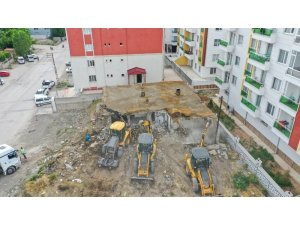 İpekyolu'ndaki metruk yapılar tek tek yıktırılıyor