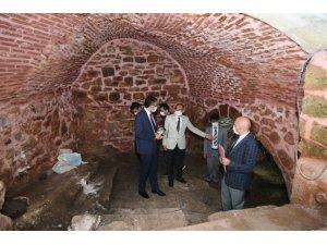 Tarihi su sarnıcı ve mescide restorasyon