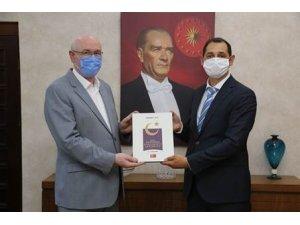Basın İlan Kurumu İl Müdürü Arda Aşkın Başkan Kurt'u ziyaret etti