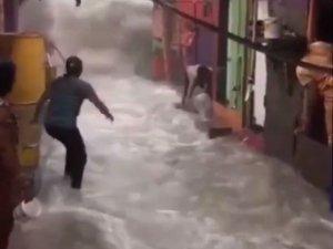 Hindistan'nın Mumbai kentinde sel felaketi