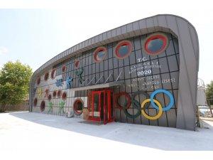 Orhangazi Spor Salonu hizmete gireceği güne hazırlanıyor