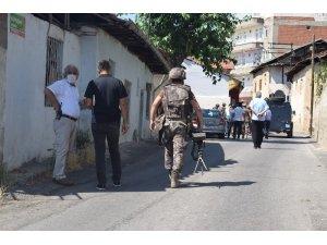 Kendini eve kilitleyen silahlı şahsa droneli operasyon