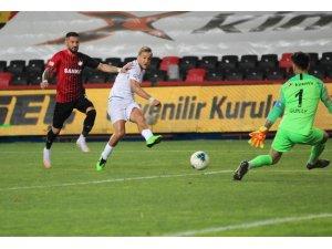 Süper Lig: Gaziantep FK: 0 - Konyaspor: 1  (İlk yarı)