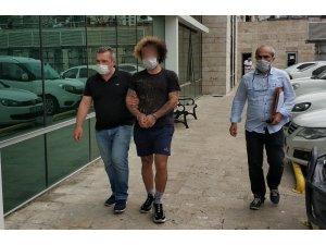 Güvenlik görevlisinin cüzdanını gasp eden şahıs tutuklandı
