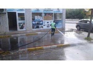 Başiskele Belediyesi, temizlik çalışmalarına aralıksız devam ediyor