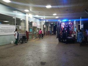 İzmir'de bıçaklı kavga: 2 ağır yaralı