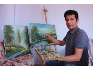 Afganistanlı sanatçının mültecilik hayatı