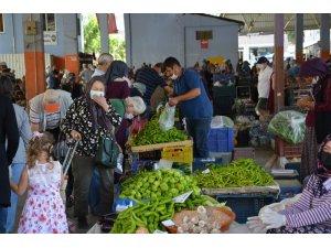 Üretici Köylü Pazarı yoğun ilgi görüyor