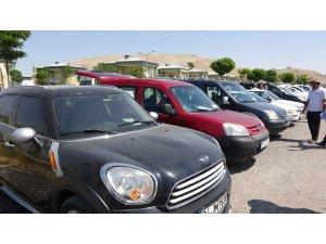 Van'da ikinci el araç fiyatları cep yakıyor