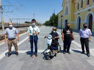 Engelliler ücretsiz seyahat haklarını geri istiyor