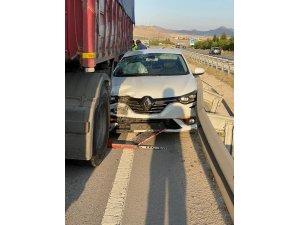 Yücel Yenilmez trafik kazası geçirdi