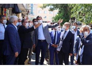 Çevre ve Şehircilik Bakanı Kurum tescilli tarihi dokuları inceledi