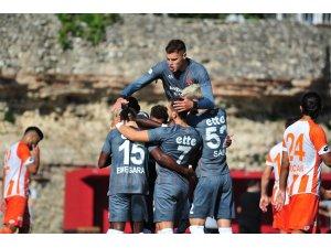 TFF 1. Lig: Fatih Karagümrük: 1 - Adanaspor: 0 (İlk yarı sonucu)