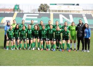 Denizli'nin tek kadın futbol takımına milli takımdan davet
