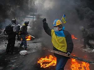 Ukrayna'da olaylar şiddetlenerek devam ediyor