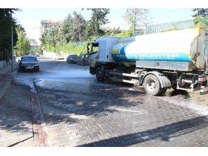 Haliliye'de cadde ve sokaklar yıkanıyor