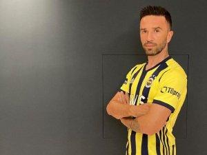 Gökhan Gönül 4 yıl sonra yeniden Fenerbahçe'de