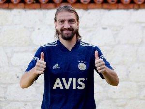 Fenerbahçe'den transfer bombardımanı! Caner Erkin resmen…