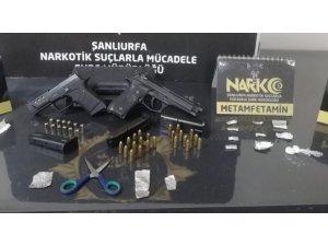 Şanlıurfa'da uyuşturucu satıcılarına operasyon: 14 tutuklama
