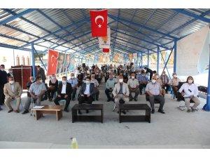 AK Parti Ahırlı ve Yalıhüyük ilçe kongreleri gerçekleştirildi