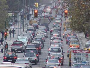 Türkiye'de 3.8 milyon araç ücretsiz