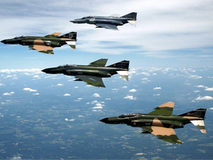 Türk savaş uçaklarına taciz