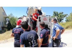 Yangın çıkan binada mahsur kalan vatandaşları itfaiye kurtardı