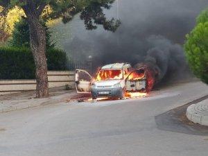 Denizli'de araç yangını