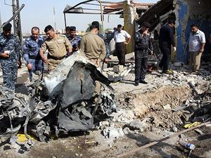 Bağdat'ta bombalı araçlarla saldırı: 17 ölü, 45 yaralı