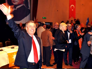 AK Partili adaydan alkol çıkışı