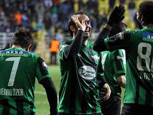 Akhisar Belediyespor Yarı Final İçin Sahada