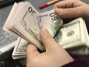 ABD'de bütçe açığı azalıyor