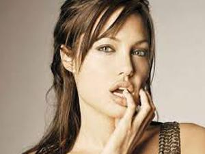 Angelina 42 kiloya düştü