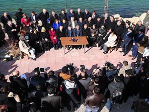 AK Partili milletvekillerinden Van'da kardeşlik çağrısı