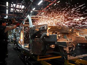 Sanayi üretimi yüzde 3,4 arttı