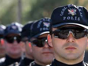 125 polise atama şoku!
