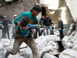 Halep'e yine varil bombalı saldırı: 50 kişi öldü