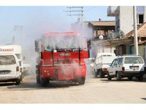 Büyükşehir Acarlar'da dezenfekte çalışması yaptı