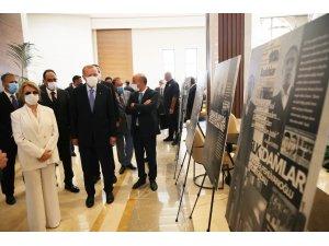 Cumhurbaşkanı Erdoğan ve Tansu Çiller 12 Eylül fotoğraf sergisini gezdi