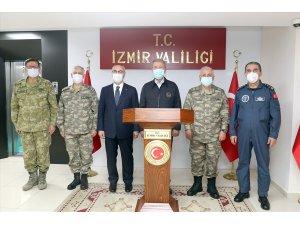 Bakan Akar'dan İzmir Valiliğine ziyaret