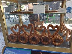 Eskişehir'de kalp şeklinde simit
