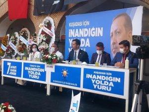 AK Parti Kuşadası ilçe teşkilatı olağan kongresi yapıldı