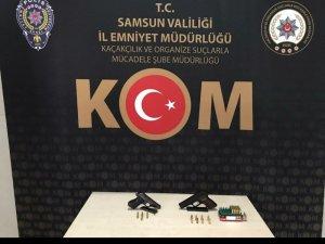 Samsun'da bir iş yerinde silah ve mermi ele geçirildi
