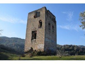Donduran Kulesi, çalışmalar için gün sayıyor